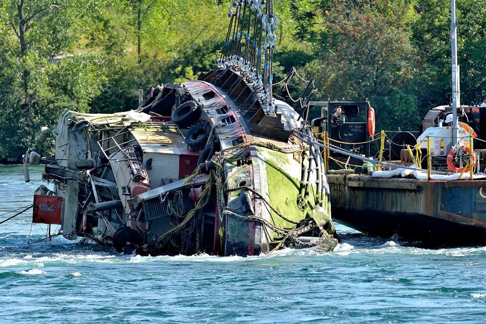 Lac Manitoba Salvage Operation - Roger Daigle 001
