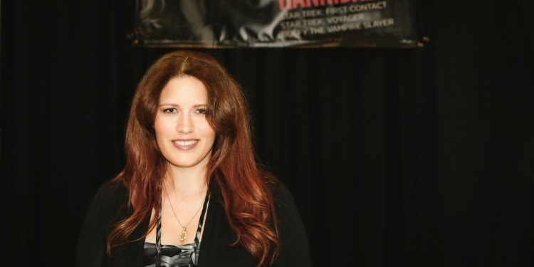 interview with Star Trek and Buffy the Vampire Slayer actress Noelle Hannibal