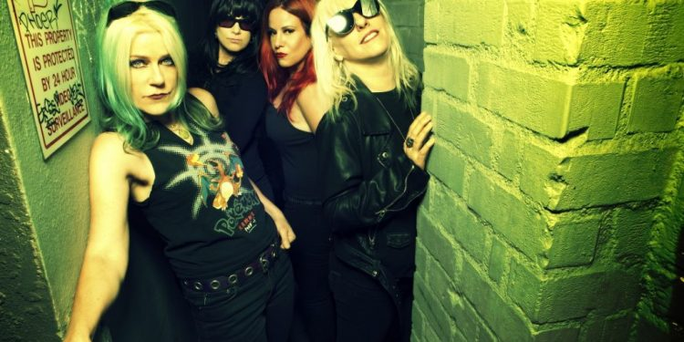 Interview with L7 frontwoman Donita Sparks playing 77 Montreal