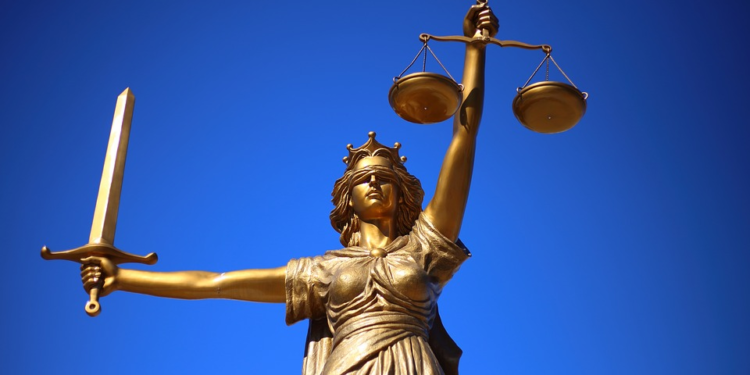 Source: https://pixabay.com/photos/justice-statue-lady-justice-2060093/