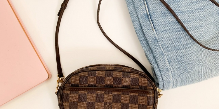 brown and black checkered handbag